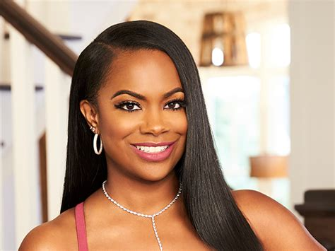 how mach cast hair styles what much is the net worth of kandi burruss her salary