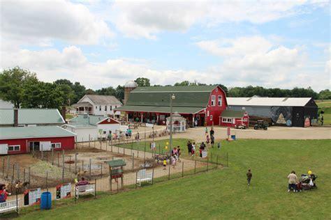 plymouth apple orchards and cider mill 25 apple orchards and cider mills to visit this season in
