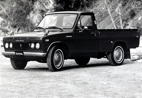 72 Toyota Hilux Toyota Hilux 1968 72 Images