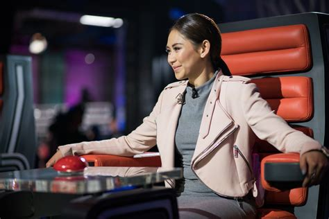 the voice philippines finale sarah geronimo and klarisse why sarah geronimo is returning to the voice ph