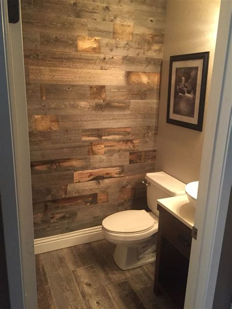 Small Rustic Bathroom Ideas by 25 Best Ideas About Small Rustic Bathrooms On