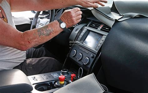 land rover interior 2018 2018 land rover discovery spyshots bring first glimpse of