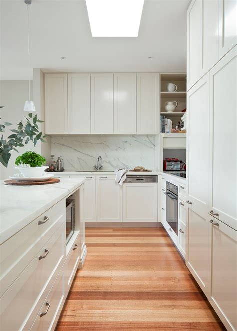 be still my heart a coastal inspired kitchen 5 take uncover the secrets to htons kitchen style home