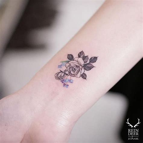 small rose wrist tattoos best 25 wrist tattoos ideas on small