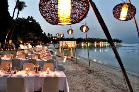 cuscino con foto quanto costa biancoconfetto wedding planner matrimonio in spiaggia