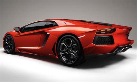 Lamborghini Aventador Vs F12 Berlinetta Vs Lamborghini Aventador