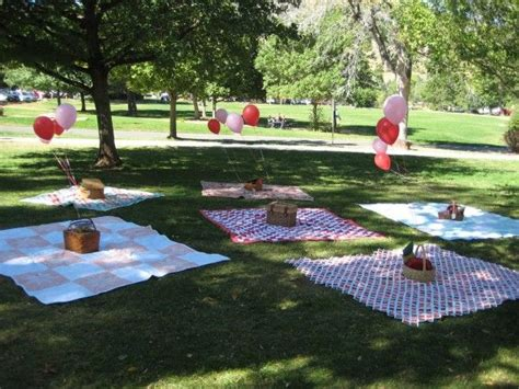 Parks To A Baby Shower by 25 Best Ideas About Picnic Baby Showers On