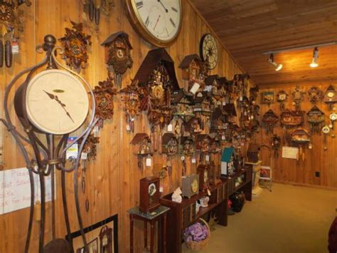clock shop this is a really rare rhythm musical motion clock at ch