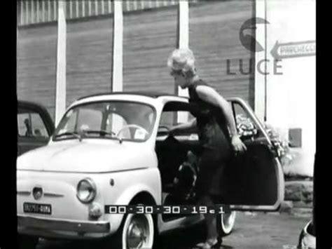 ragazze al volante donne al volante