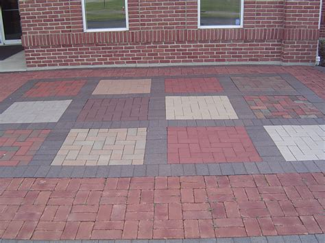 Patio Formation by Brick Patio Designs With Lovely Outdoor Brick Patio