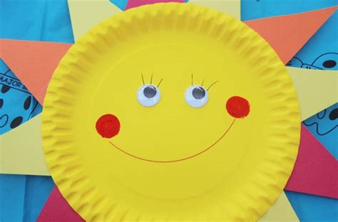Sun Paper Plate Craft - paper plate crafts how to make a sun goodtoknow