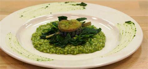 cucinare broccolo fiolaro risotto con broccolo fiolaro