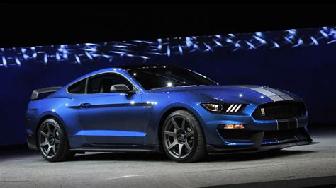 shelby mustang 2016 ford shelby gt350r mustang 2 wallpaper hd car