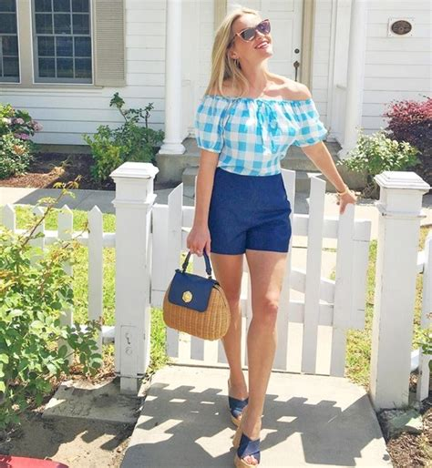 Reese Witherspoon Diet And Workout by Reese Witherspoon Flaunts Diet Weight Loss