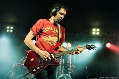 Baju Gitaris Paul Gilbert Mr Big tongkrongan anak musik beberapa teknik guitar yang harus