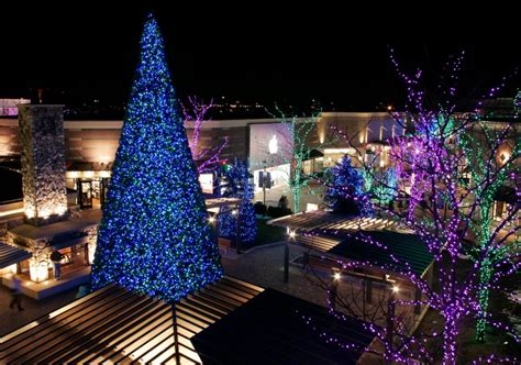 best 28 partridge creek christmas tree lighting