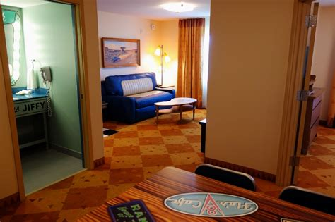 art of animation family suite floor plan photo tour of a cars family suite at disney s art of