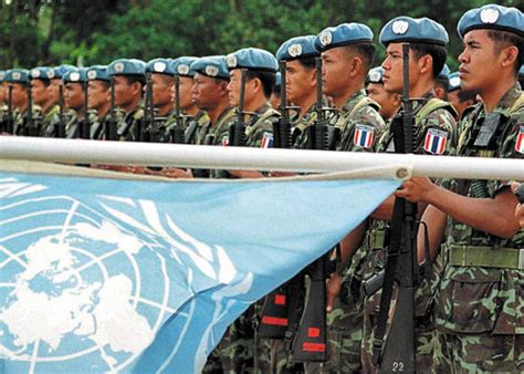 the un at war peace operations in a new era books united nations history organization functions facts