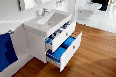 senso square wash basin with vanity unit by roca stylepark