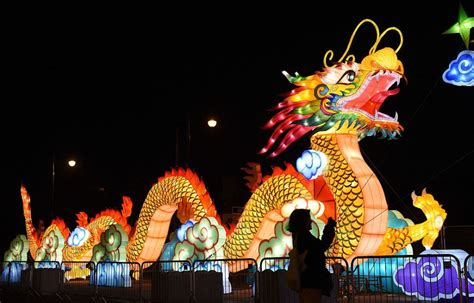 8 festive chinese new year traditions mental floss