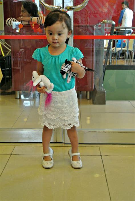 Carnival Belt Hello Wedges Anak addie s 2nd birthday