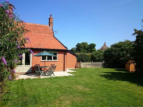 pet friendly cottage in suffolk 1 grange