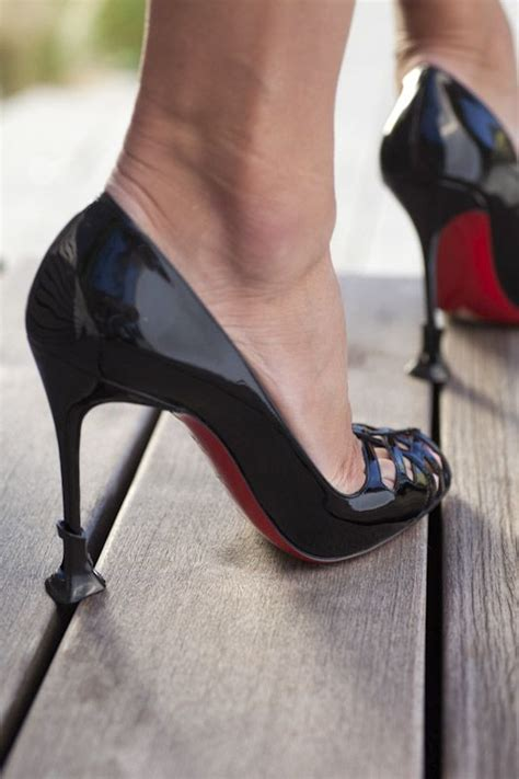 high heels protector can t go wrong with a bottomed keep your