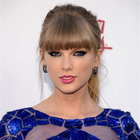 hair and makeup how much taylor swift hair and makeup at billboard awards 2013