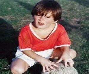 lionel messi childhood biography lionel messi net worth salary height age house cars