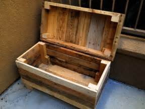 palletso recycled rustic pallet furniture charms and