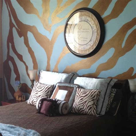 animal print bedroom 20 ideas to use animal prints in your bedroom decoholic