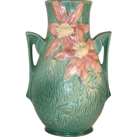 Roseville Clematis Vase by Beautiful Roseville Pottery Mid 1940s Green Clematis Vase