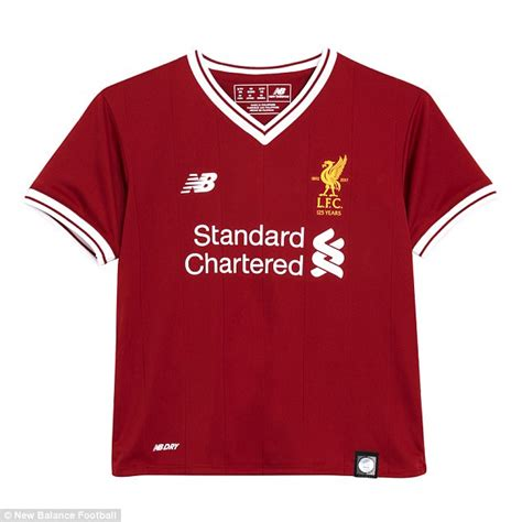 alexis sanchez koszulka liverpool fc kit revealed new reds home strip launched