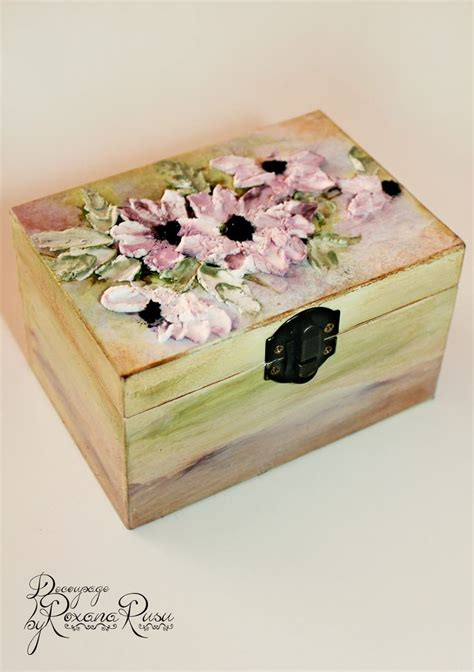 decoupage jewelry box ideas 1000 ideas about decoupage vintage on vintage