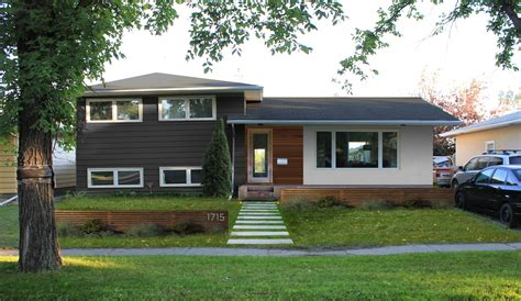 modern split level home exteriors split level home