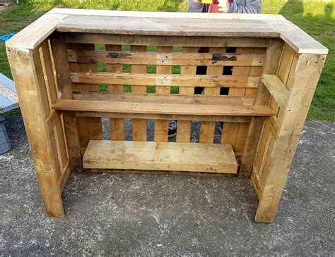 pallet woodworking pallet bar table chairs 99 pallets