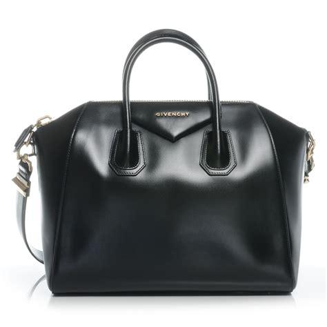 Givenchy Antigona Calfskin Blackware 6906 givenchy shiny calfskin leather medium antigona duffel black new