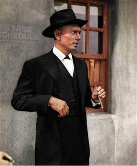 film western yul brynner um dos muitos yul brynner de pap 233 is ocidentais eu n 227 o sei
