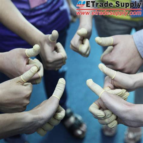 finger condoms    finger cots