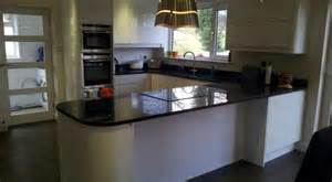 Black Gloss Kitchen Ideas by Black Gloss Kitchen Worktops New Kitchen Style