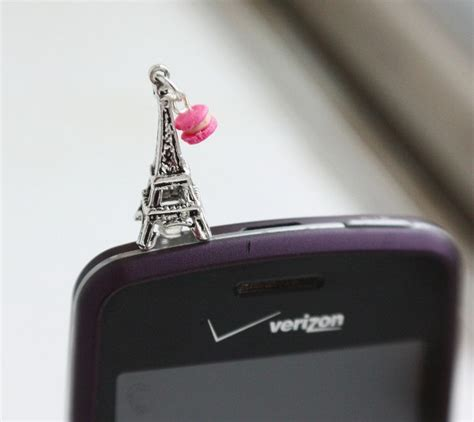 Set Earphone Macaron Holder 17 best images about macarons on tour eiffel