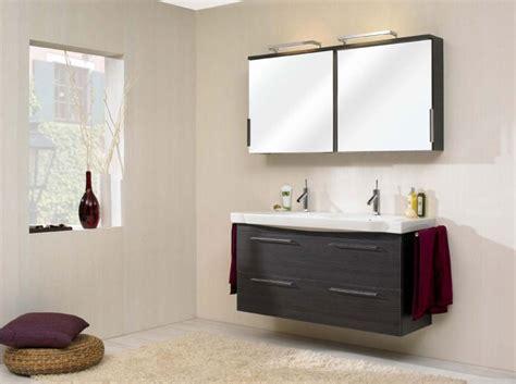 Badezimmer Unterschrank Ohne Bohren by Mehr W 228 Rme Im Badezimmer Der Badm 246 Bel