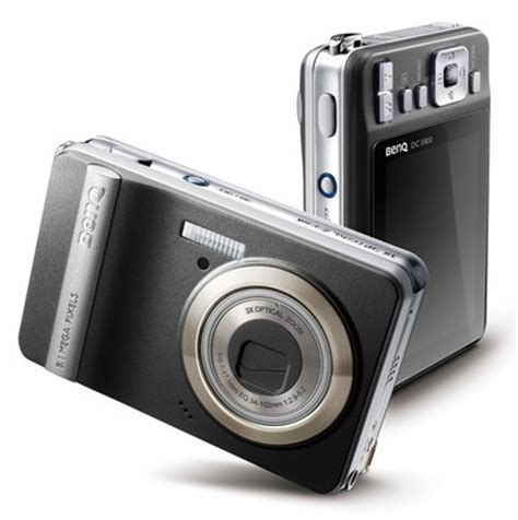 Kamera Nikon Ukuran Kecil kamera digital
