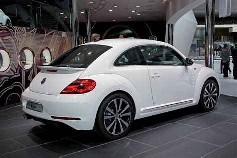volkswagen r line volkswagen beetle r line cops an attitude autoblog