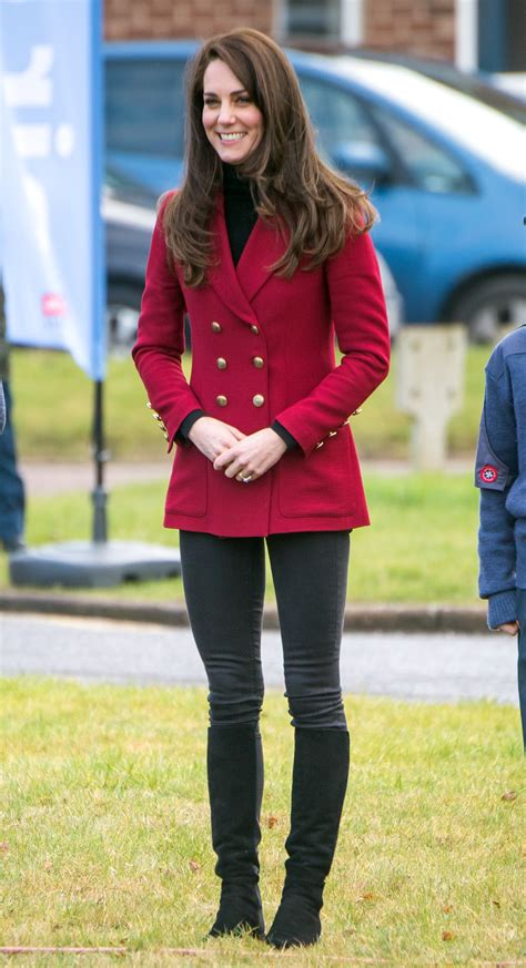 Anggun Jaket kate middleton s best style moments the duchess of cambridge s most fashionable
