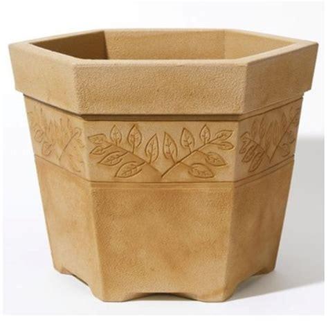 Lightweight Planter by Lightweight Pots The Garden Factory
