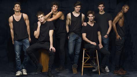imagenes de cumpleaños para jovenes hombres guapos j 243 venes y con futuro la generaci 243 n de modelos m 225 s