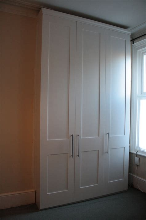 Built Wardrobes by Pin Built In Wardrobes Residence Bookshelf On