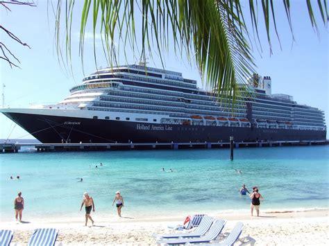 Lowongan Kerja Housekeeping lowongan kerja kapal pesiar cruise ship