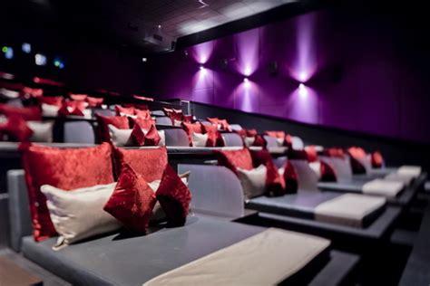 cinema 21 velvet class experiencing velvet class it s simply naomi